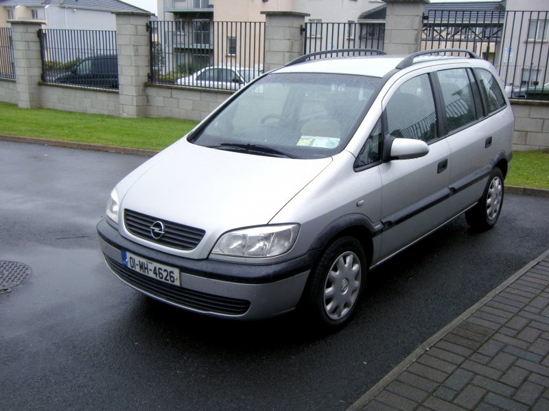for sale opel zafira 2001 westmeath 2 0 1000sads. Black Bedroom Furniture Sets. Home Design Ideas