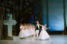 The Russian State Ballet on 22 Mar 12 at 19:30 . two tickets for 210e