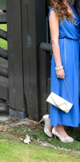 Beautiful blue dress down to the ankles