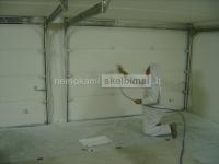 Dažome vidines sienas, lubas, langų angokraščius su KORUND