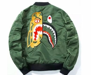 Urban clothes online