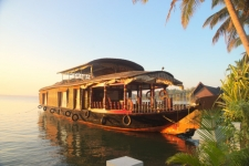 Perfect Packages For Perfect Weekends | Kumarakom Houseboat Holidays