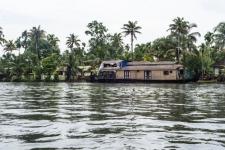 Relax and enjoy backwater cruise |Kumarakom Houseboat Holidays