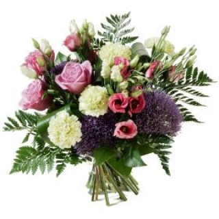 Get Online Flower Delivery in Ireland by best Dublin Florist.