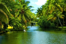 Explore Beautiful Alleppey Backwater And Enjoy Amazing Houseboat Cruise |kumarakom houseboat holidays