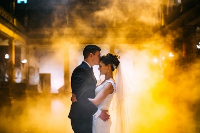 Get The Professional Service in Bath of Wedding Photographer